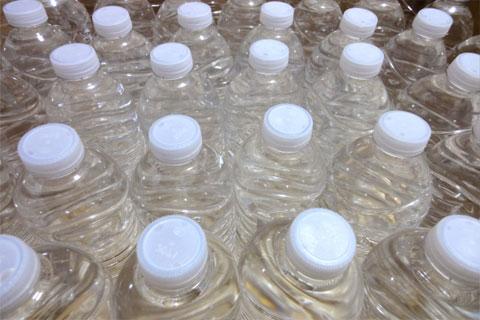 ペットボトル600本ぶん